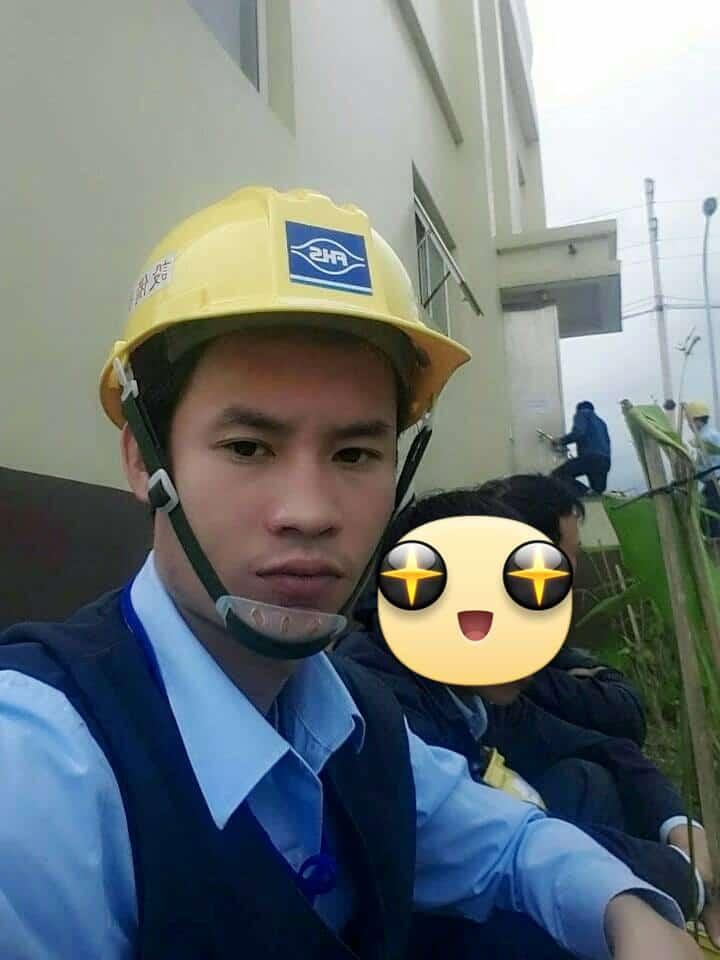 Tôi trong công trường công ty Formosa