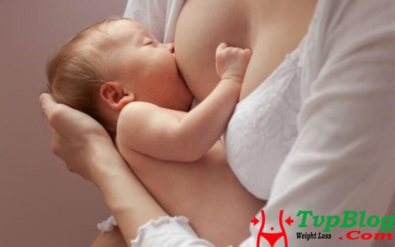 Cách giảm cân sau sinh nhanh nhất từ việc cho con bú mỗi ngày